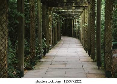 Wooden Post Walkway, Enclosed