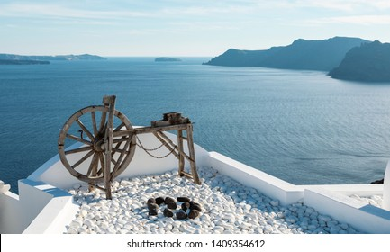 wooden spinning wheel in Oia on Santorini