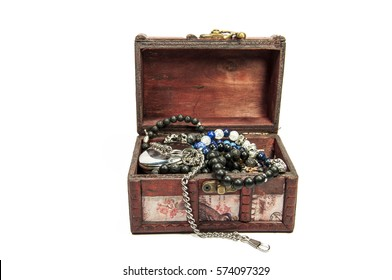 A wooden treasure chest filled with loot