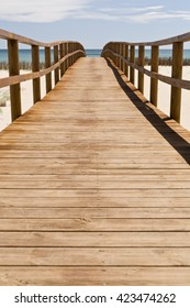 wooden walkway arenales del sol in Elche, Spain