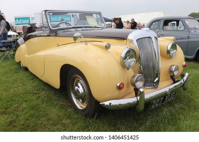 Woodhall spa, Lincolnshire, UK - May 21 2019. Great two tone Daimler on display at a country fair.