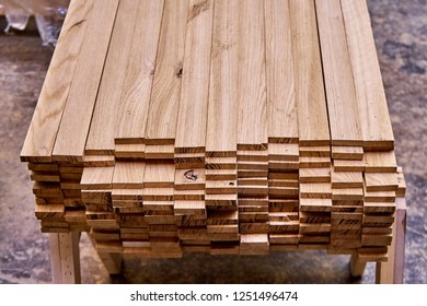 Woodworking and joinery production. Bars for gluing wooden panels stacked on falsework