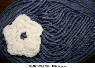 Wool products. Knitting wool and yarn.