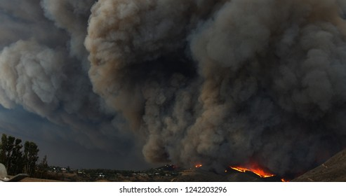 Woolsey Fire Cloud Malibu off Kanan Road Disaster
