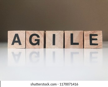 Word Agile writen with wood cubes
