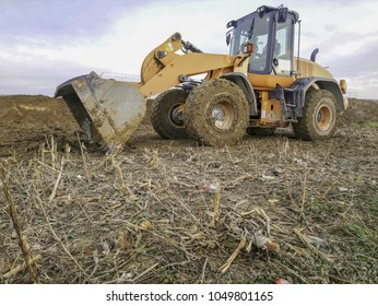 work of building with bulldozer