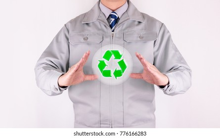 Work clothes recycle icon protect