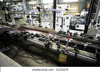Work of the conveyor in a modern printing house