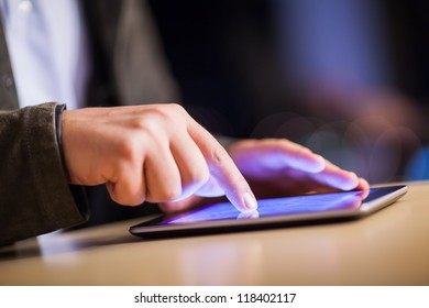work on touchscreen tablet with shallow depth of field