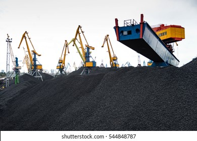 Work in port coal handling terminal.