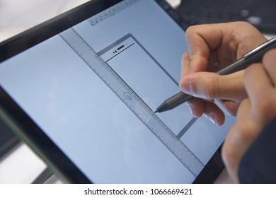 Work with stylus and digital tablet PC. Gadgets