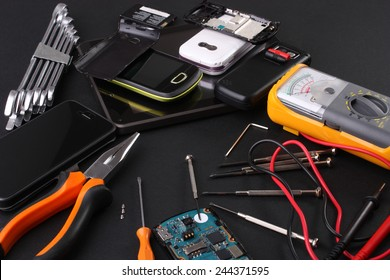 Work table for repairing mobile phones