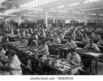 Workers assembling condensers at the Atwater Kent Factory in North Philadelphia, 1925. The largest manufacturer of radios in the U.S. employed over 12,000 in the 1920s