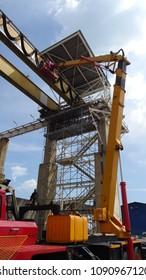 Boom Lift Construction Images, Stock Photos & Vectors