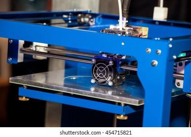 Working 3d printer close up of process