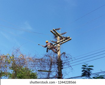 Working Electrial Power System that Pull Medium Voltage Cable