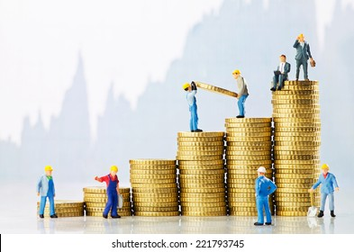 Working men creating business growth