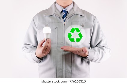 Working wearing light bulb Recycling