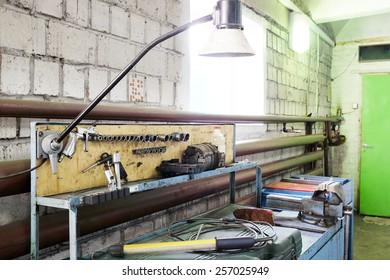 Workplace of the mechanics, car service station