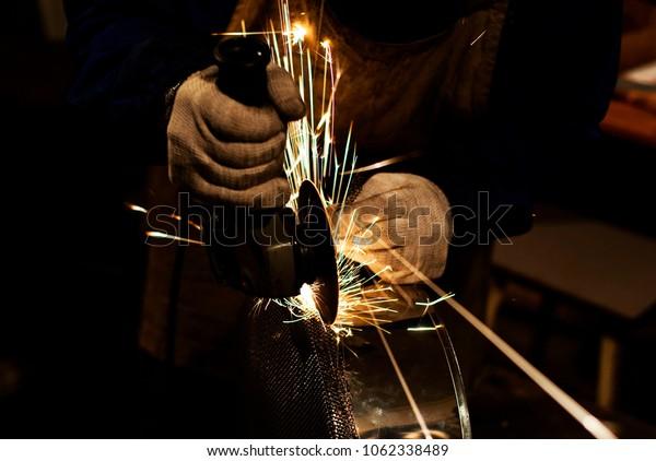 Workshop cutting metal