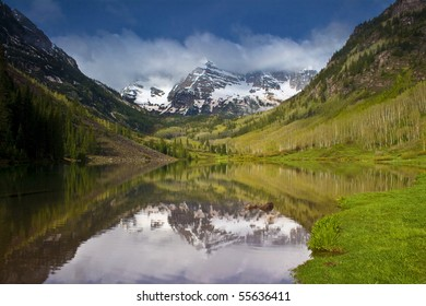 The world renowned Maroon Bells near Aspen, Colorado