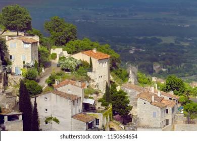 worldwide famous french provencale commune Gordes