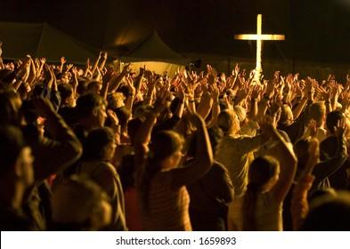 Worship crowd