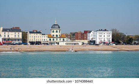 WORTHING, WEST SUSSEX/UK - APRIL 20 : View of Worthing Beach in West Sussex on April 20, 2018. Unidentified people