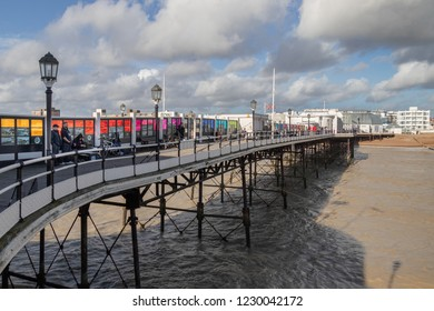 WORTHING, WEST SUSSEX/UK - NOVEMBER 13 : View of Worthing Pier in West Sussex on November 13, 2018. Unidentified people