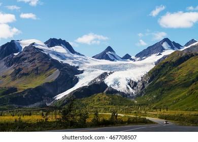 Worthington Glacier at the Richardson Highway in Alaska, USA