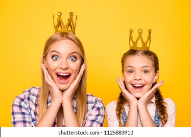 Wow yes delight pleasure! Two impressed people adult mom mum mommy concept. Close up portrait of beautiful cute lovely sweet gorgeous gesturing girls with opened mouths isolated on bright background