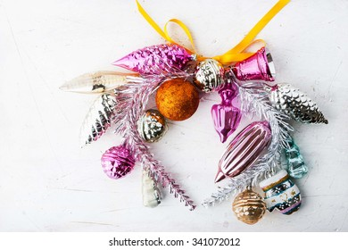 Wreath of Christmas decorations