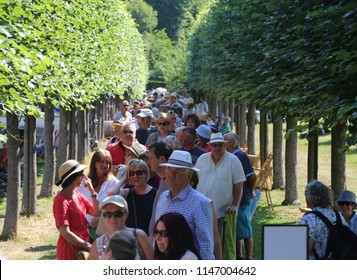 Wrexham, Wales, UK.  July  26  2018. People queuing to enter the BBC One 'Antiques Roadshow'.