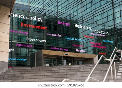 Writings on a facade of one of the buildings of the European Commission that express concepts by keywords. Brussels 2017