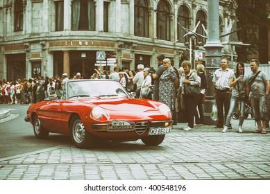 Alfa Romeo In Motorsport Bilder, Stockfotos & Vrgrafiken ... on giulietta and romeo, alpha romeo, ver videos de romeo, alpine romeo, marseille romeo, things that describe romeo, uggs on sale men's romeo,