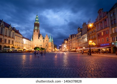 Wroclaw market square at dusk. Long exposure photo