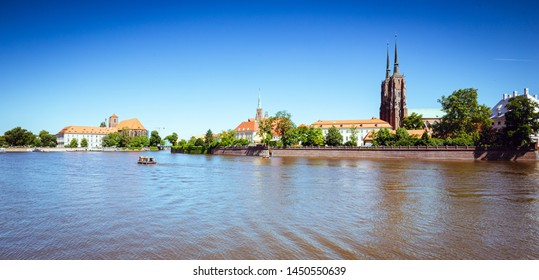 Wroclaw, waterfront view of the Ostrow Tumski quater