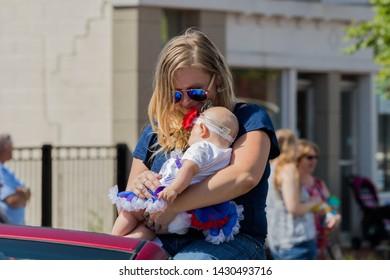 Child Beauty Pageant Images, Stock Photos & Vectors