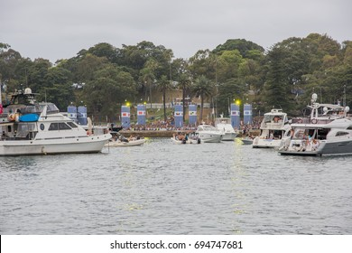 Yachts and spectators for The Plot concert in Sydney, Australia/Yachts at The Plot/SYDNEY,NSW,AUSTRALIA-NOVEMBER 19,2016: Yachts and The Plot concert goers in Farm Cove in Sydney, Australia