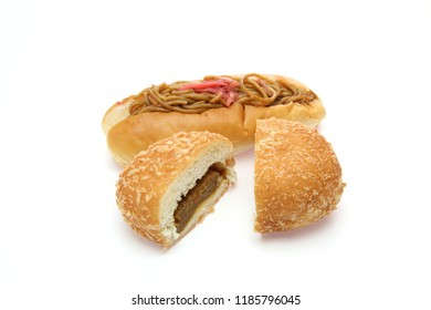 yakisoba on a Hotdog bun and curry bread in a white background