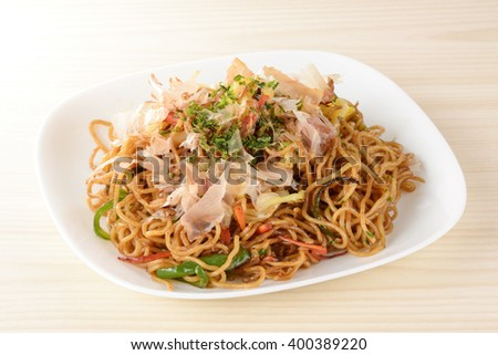yakisoba,japanese fried noodles