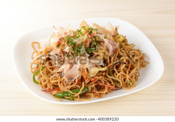 yakisoba,japanese fried noodles