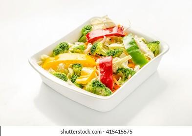 Yakissoba, broccoli, sweet pepper, red pepper, yellow pepper