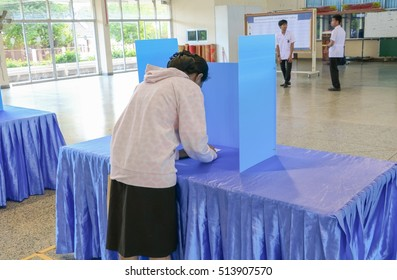 YALA, Thailand November 11,2016 : Vote of Student   Elections  in University in South
