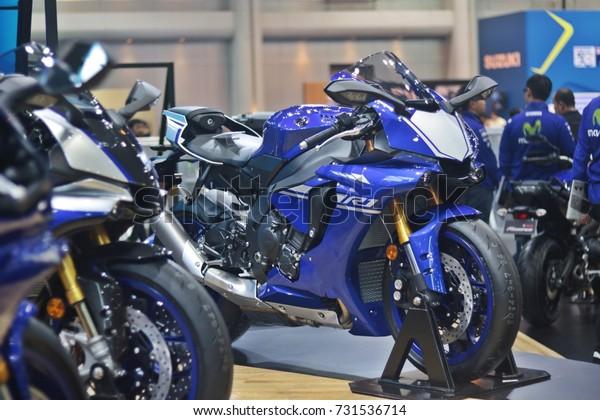 YAMAHA AT - Photo de stock de Yamaha R1 Debut Thailand Motor