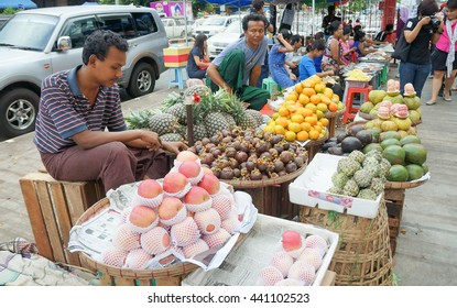 YANGON MYANMAR â?? 26 OCTOBER : Unidentified street vendor sell fruits on 26 October 2015 at Old Market (bogyoke aung san market) Yangon, Myanmar