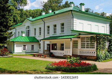 YASNAYA POLYANA. TULA REGION. RUSSIA - JUNE 24,2016:The house of Leo Tolstoy, the famous Russian writer, in the estate of Count Leo Tolstoy in Yasnaya Polyana in the summer.