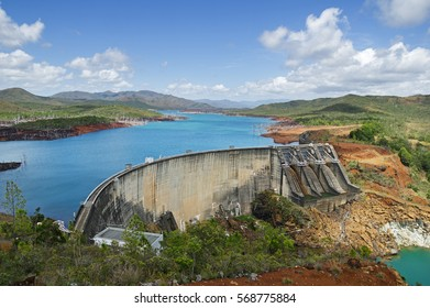 Yate lake and concrete arch and gravity dam in New Caledonia
