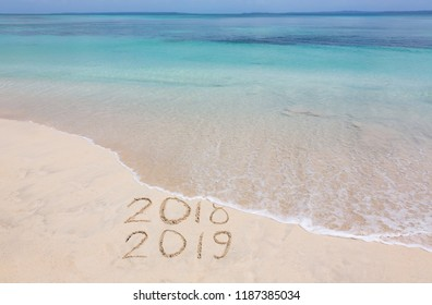 Year 2018 is washed away by ocean wave