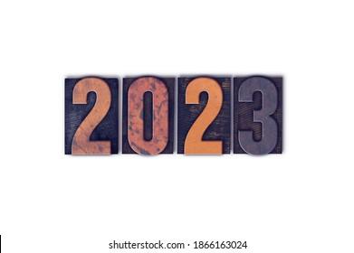 Das Jahr 2023, geschrieben in einem alten, vintage Buchstaben, einzeln auf weißem Hintergrund